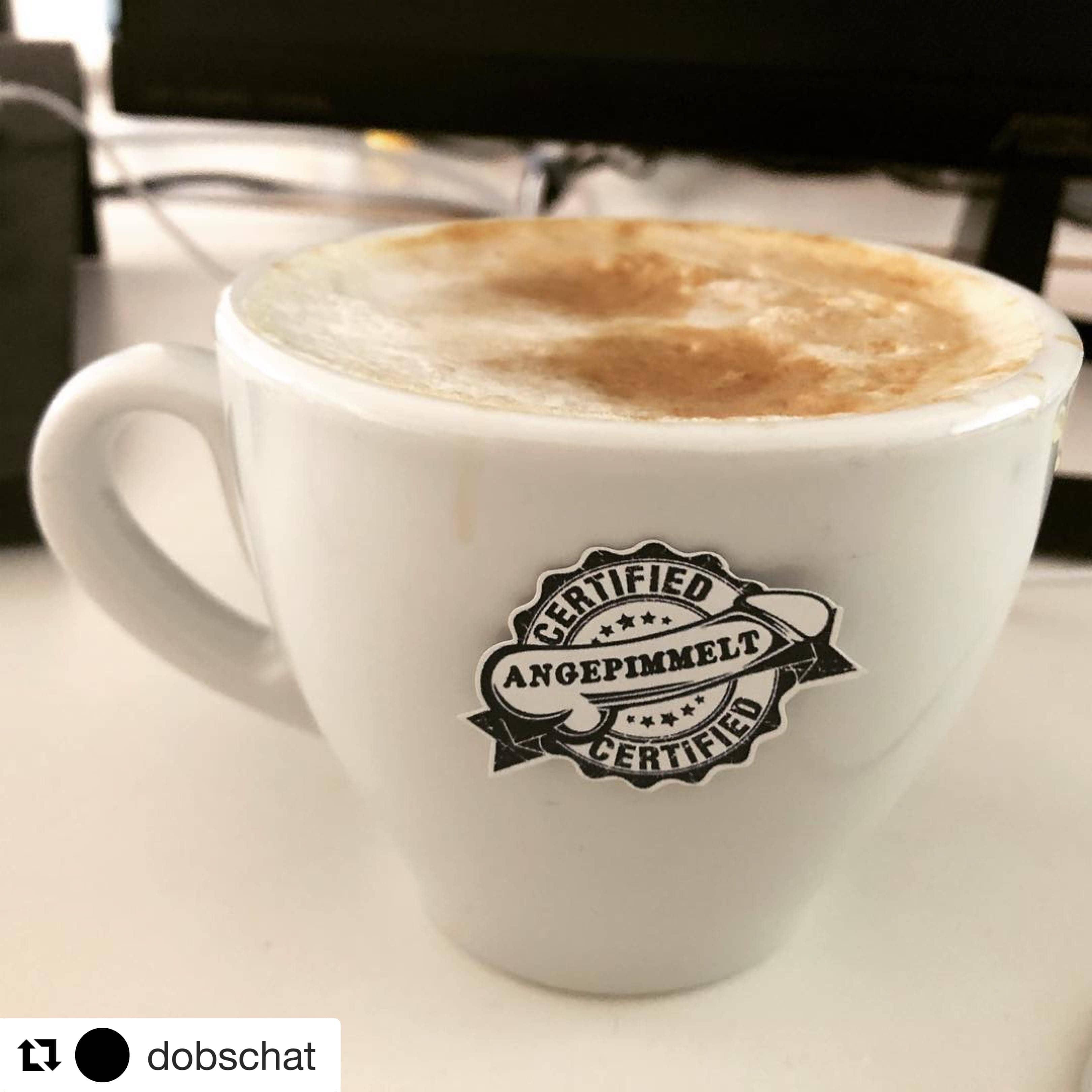 Kaffeetasse angepimmelt